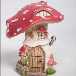Trad Red Toadstool Cottage